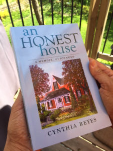 book-an-honest-house-first-copy-1